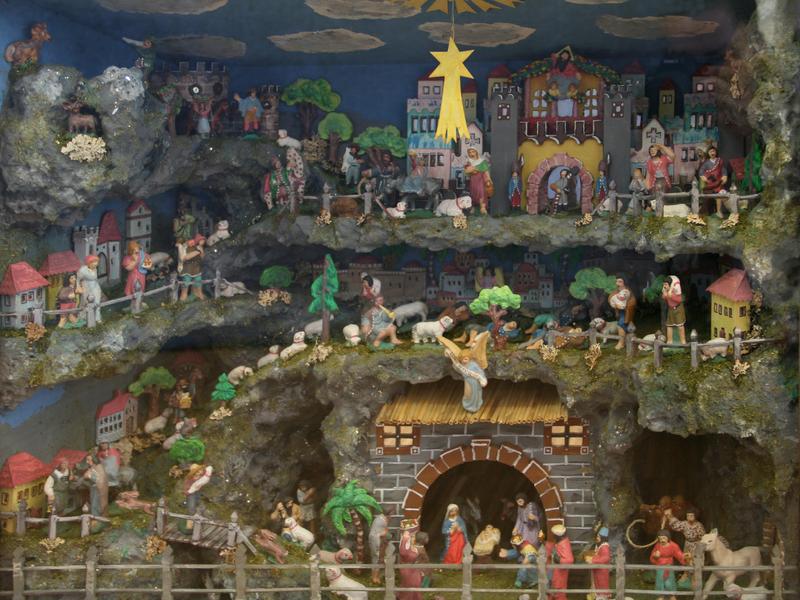 """Weihnachtsausstellung """"Krippendarstellungen von Dietmar Slaby"""""""