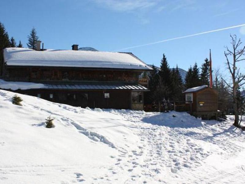 Skihaserl-Party auf der Stroblerhütte