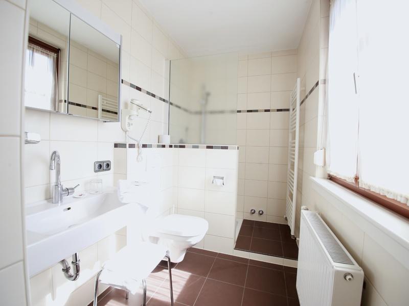 Badezimmer im Hotel Gasthof Zillner's Einkehr
