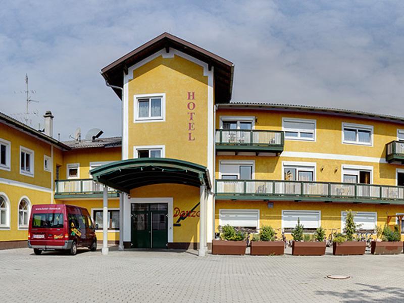 Außenansicht des Hotel Gasthof Danzer in Aspach