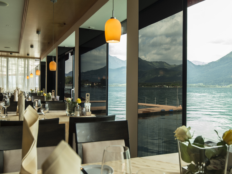 Restaurant im Weissen Rössl täglich ab 10 Uhr geöffnet