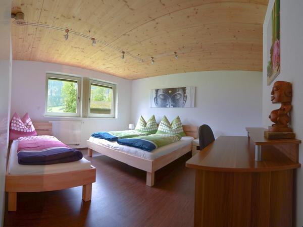 Apart-Hanna-Aschau-im-Zillertal-Schlafzimmer2