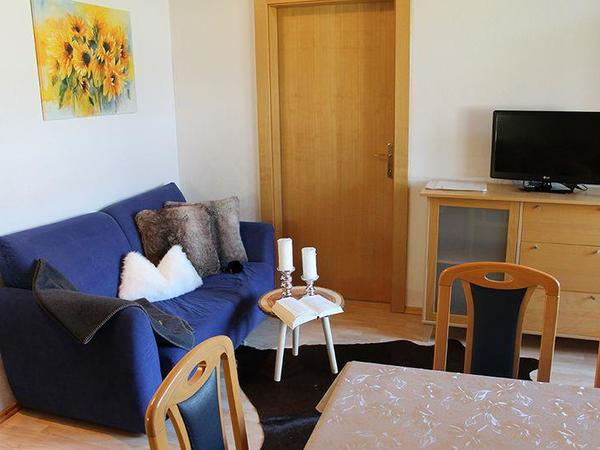 Zillertal-Fuegen-Appartements-Huber-Top5-Couch