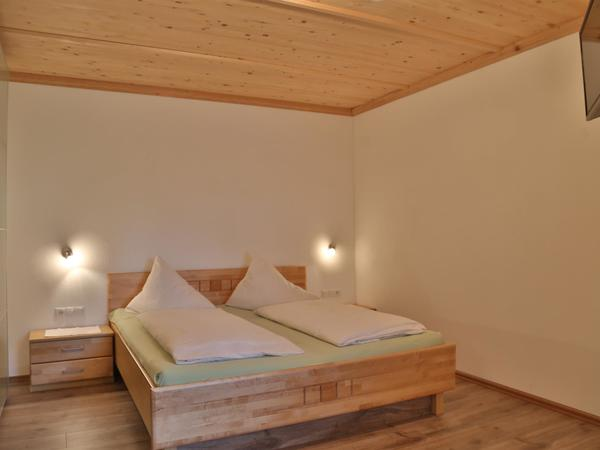 A 4Bettzimmer Doppelbett TV
