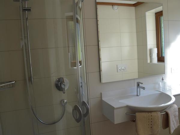 Ferienwohnungen Rinker Dusche Top 1