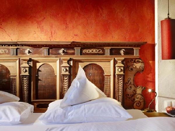 Turmsuite-Schlafzimmer-Wellness