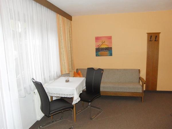 Zimmer 3 Sitzecke