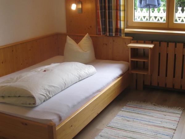 Schlafzimmer mit Kingsizebett