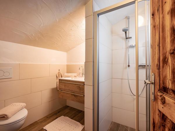 Stockhof_Gerlosberg_37a_Appartement_Georg_Badezimm