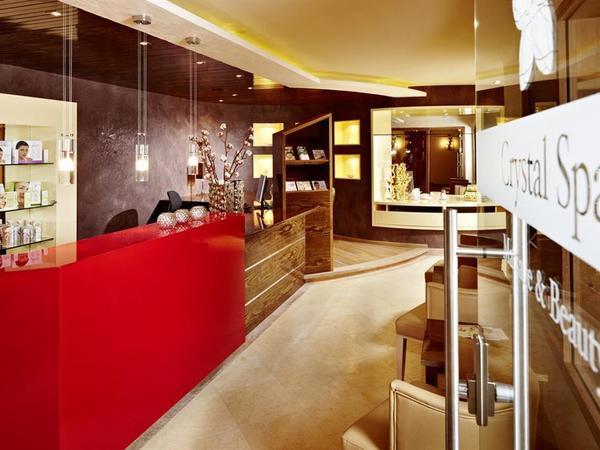 Spa Reception im Wellnesshotel Berghof Hintertux