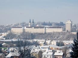 Kremsmünster im Winter (© Marktgemeinde Kremsmünster / Bernhard Kautny)
