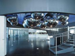 Stahlwelt Empfangsbereich komprimiert(c)voestalpine stahlwelt.jpg (© voestalpine Stahlwelt)