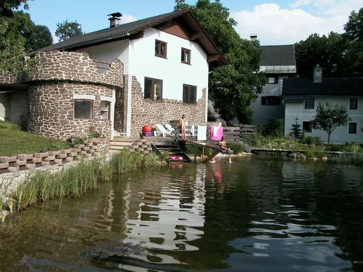 Primusbergerhof Burg und Wohnung Armin.JPG