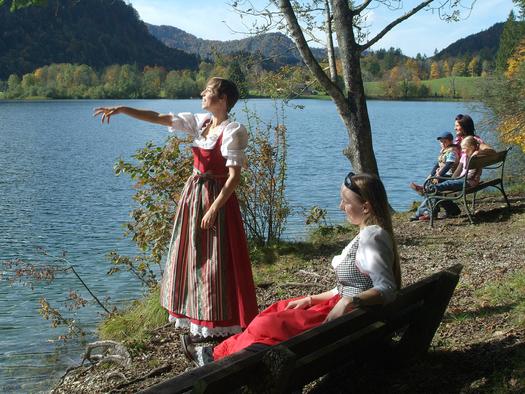 Traumhafter Spaziergang rund um den Hintersee (© Tourismusverband Faistenau - Friedrich Ristits)