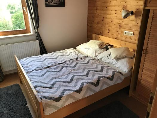 Schlafzimmer Apartment Mühltalblick (© Haus Stadlau)