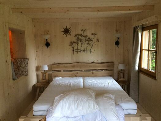 Lärchen Hütte_Bett 2