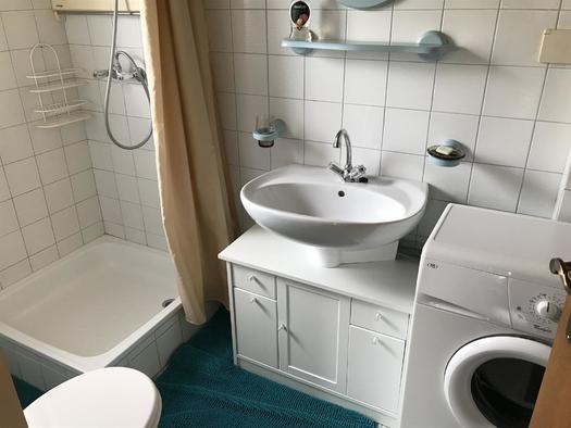 Badezimmer Apartment Mühltalblick (© Haus Stadlau)