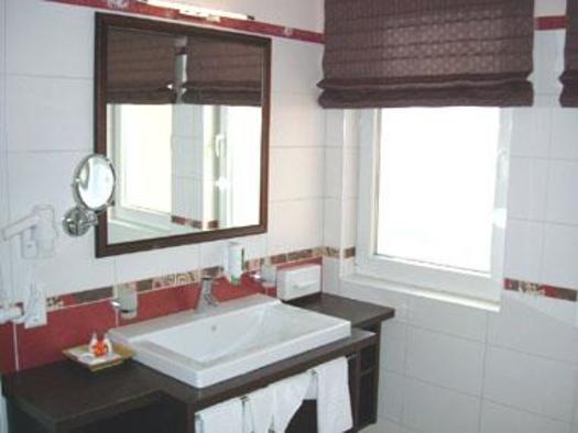 Badezimmer, Hotel Alexandra (© Hotel Alexandra & Bayrischer Hof)