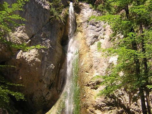 Naturdenkmal Plötz - Wasserfall - Glücksplatz. (© Tourismusverband Ebenau)