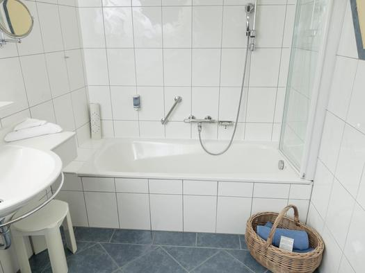 WAL_160509_Pool_rooms_LR_2220 Villa Schafberg Web