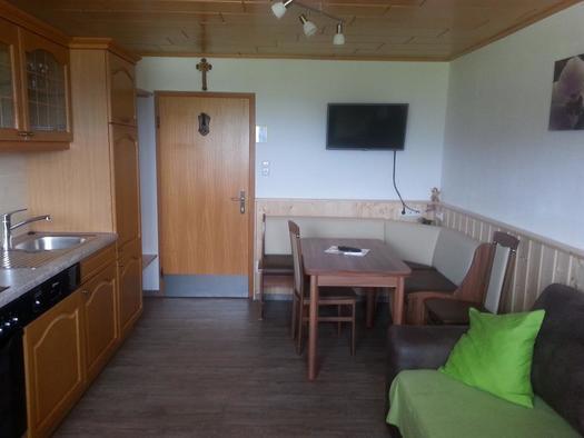 Wohnbereich mit Küche Ansicht 4