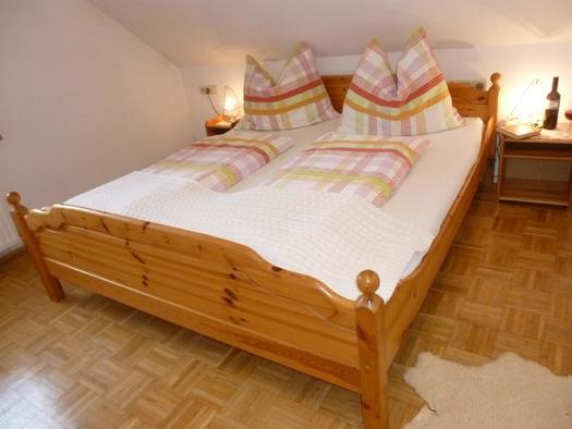 Schlafzimmer1 XXXL Apartment (© berger)