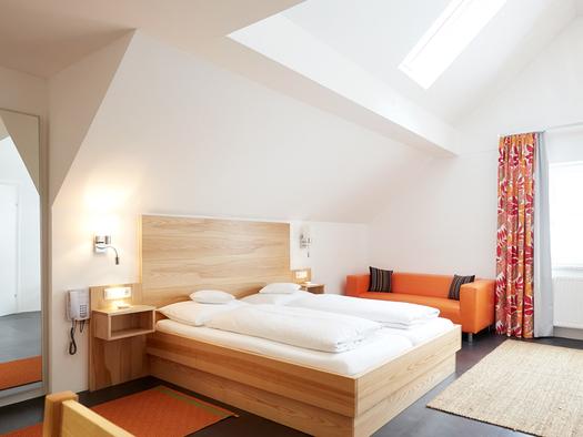 Beispiel Familienzimmer im Hotel in Steinbach am Attersee Hotel Föttinger. (© Hotel Föttinger)