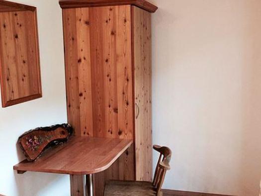 Haus Lisa Schreibtisch (© Haus Lisa)
