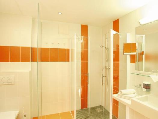 Badezimmer Klassik (© Landhotel Stockerwirt)