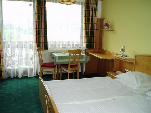 Zimmer 18