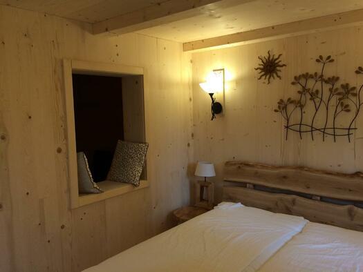 Lärchen Hütte_Bett 3