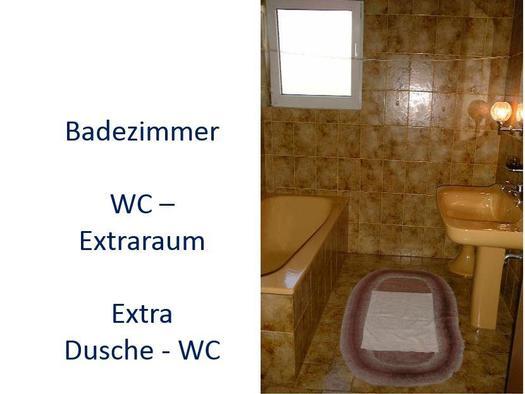 Badezimmer große Wohnung (© Bergkristall)