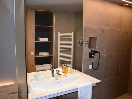Badezimmer DZ Panorama, WC extra.