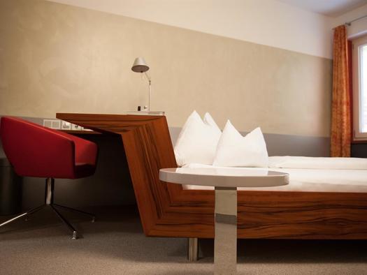 Bett Suite