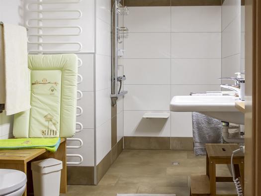 Dusche, barrierefrei (© Gästehaus