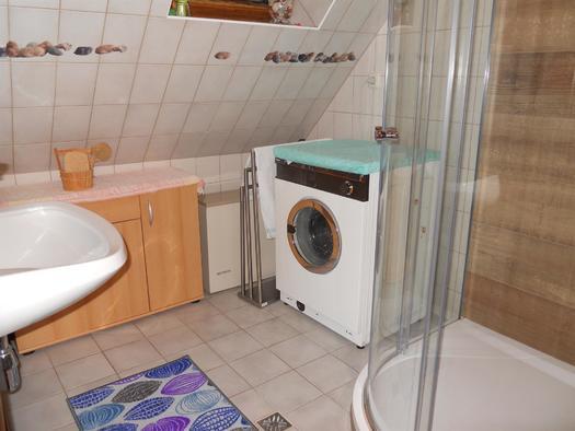 Wasch und Duschraum