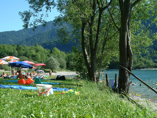 Badestrand am Hintersee (© Tourismusverband Faistenau)