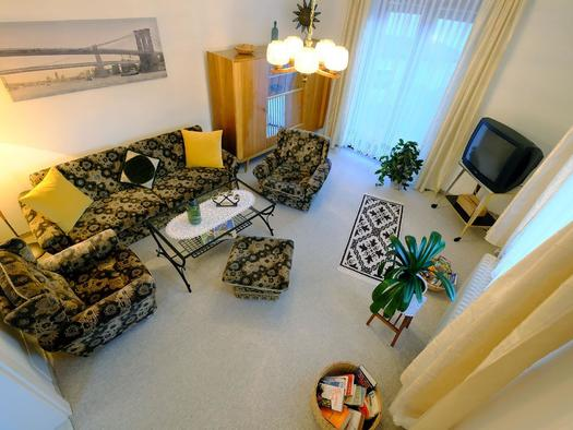 Wohnzimmer2 (© Rudolf Kirth)