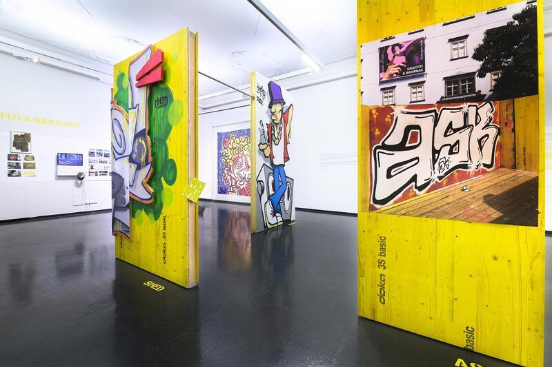 Ausstellungsansicht Graffiti und Bananas