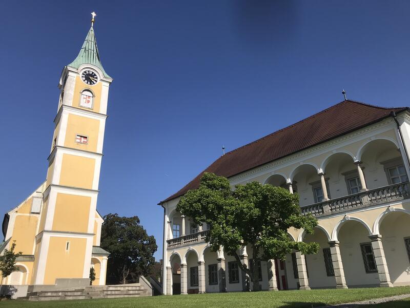 Pfarrkirche und Pfarrhof Ansfelden