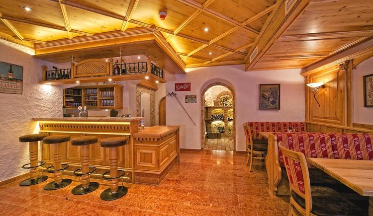Bar im Hotel Zimmerbraeu. (© Familie Pöllmann)