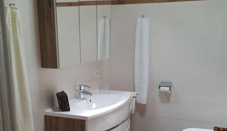 Badezimmer im Neubau Pension Schlömmer