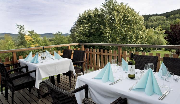 Aldiana Club Ampflwang Restaurantterrasse.