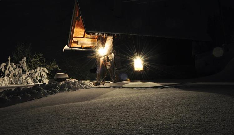 Ascher Hütte bei Nacht (© Ascher Hütte)