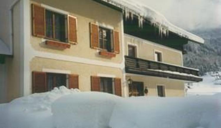 Haus Stoderegger im Winter (© Stoderegger)