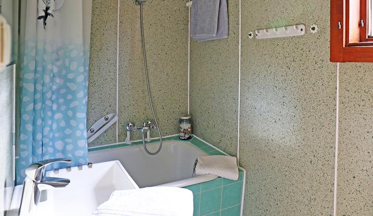 bathtub, sink