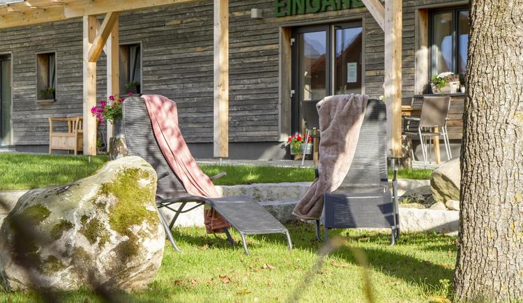 Garten mit RuheOase (© Gästehaus