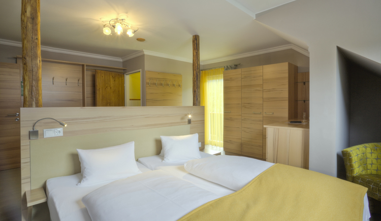 2-Raum Familienzimmer - Doppelbett