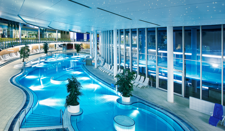 SPA Resort Therme Geinberg, Innenbecken. (© SPA Resort Therme Geinberg,)