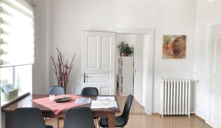 Esstisch in der Wohnküche (© Wolfi's Traunseeblick 2)